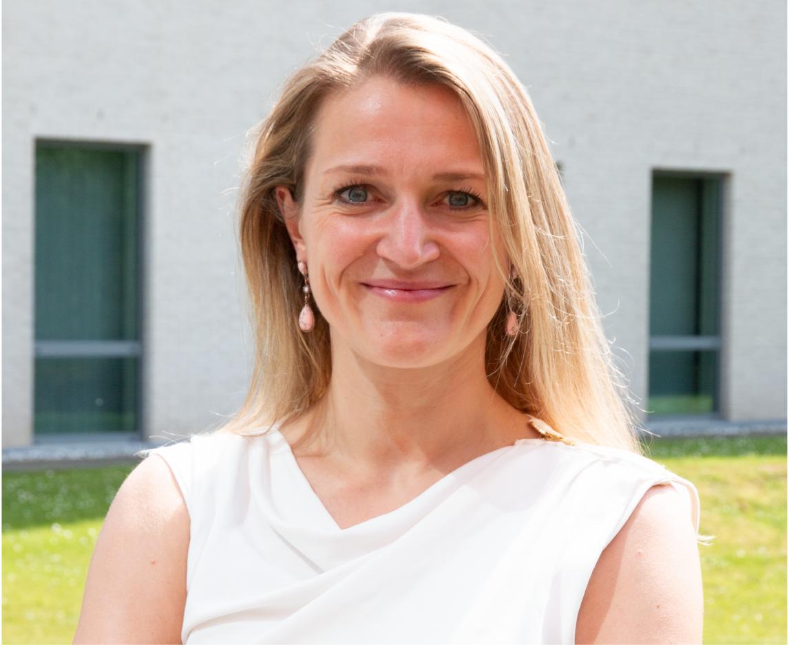 Eva Van den Brande